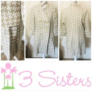 3 Sisters Trench Jacket size Large